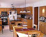 Kuchyňský kout a jídelna